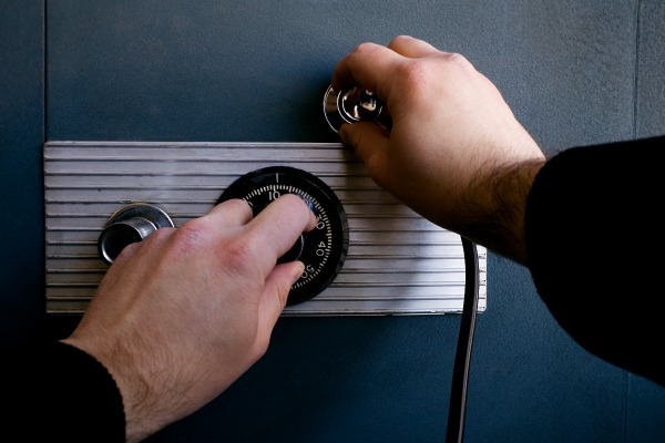 Protect Your Business From Thieves|Business Locksmith London | TheLockDoctors.co.uk|