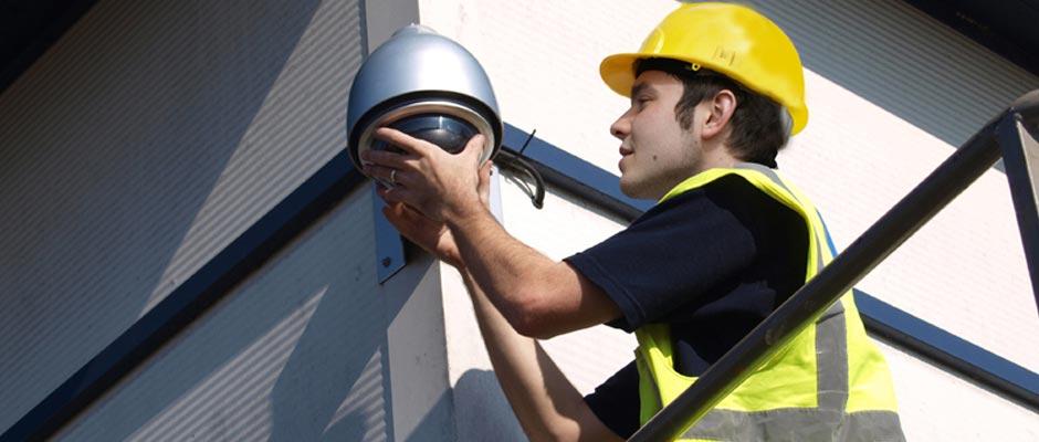 Locksmith Installing CCTV Camera